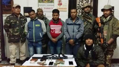 मनिपुर पुलिसआ पि.एल.ए.नि साब्रै सोद्रोमाखौ खादों